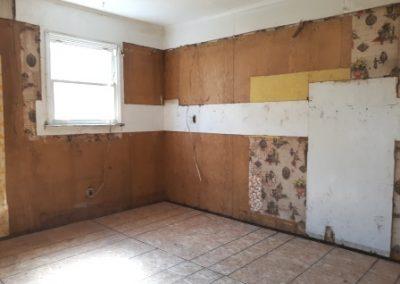 2. kitchen   4122 otis