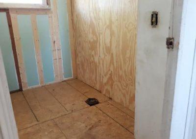 3. bathroom   4122 otis 1
