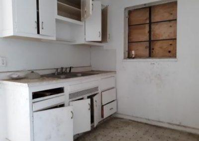 3. kitchen 215 ryburn